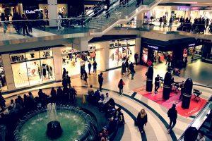 shopping in Brampton